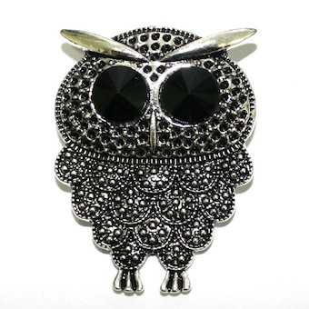 1 x Antique Silver Owl Pendant with Black Eyes 53mm - S.F05 - WA214 - 1411121