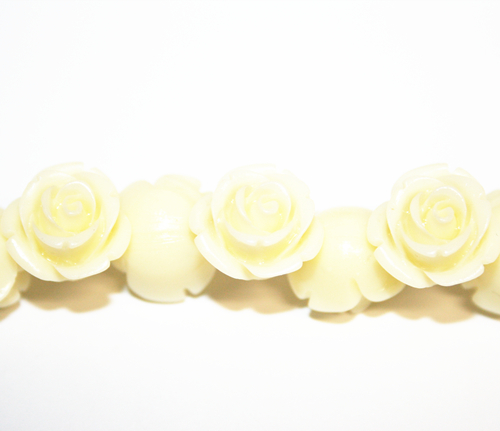 20pcs x 8mm Acrylic flower - rose beads - cream