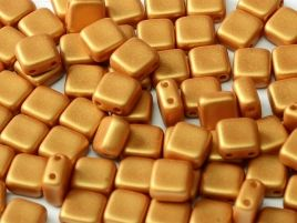 29421 2-HOLE SQUARES 6 X 6 MM ALABASTER METALLIC GOLD (25 pieces)