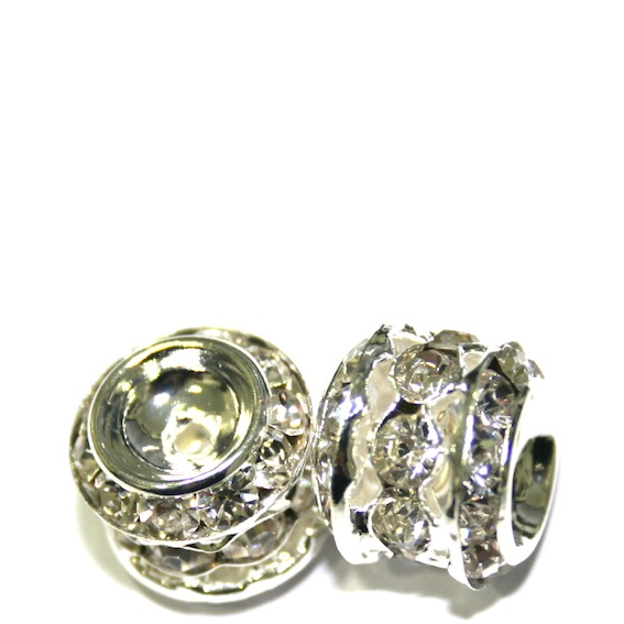 Round spacer with rhinestone