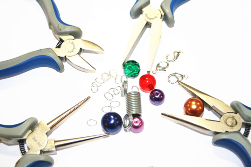 Thur 19th Mar 13.30-15.30  Beginners Jewellery Making Class- How to make your own jewellery (1) (3)